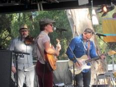 Kelly Menhennett & band